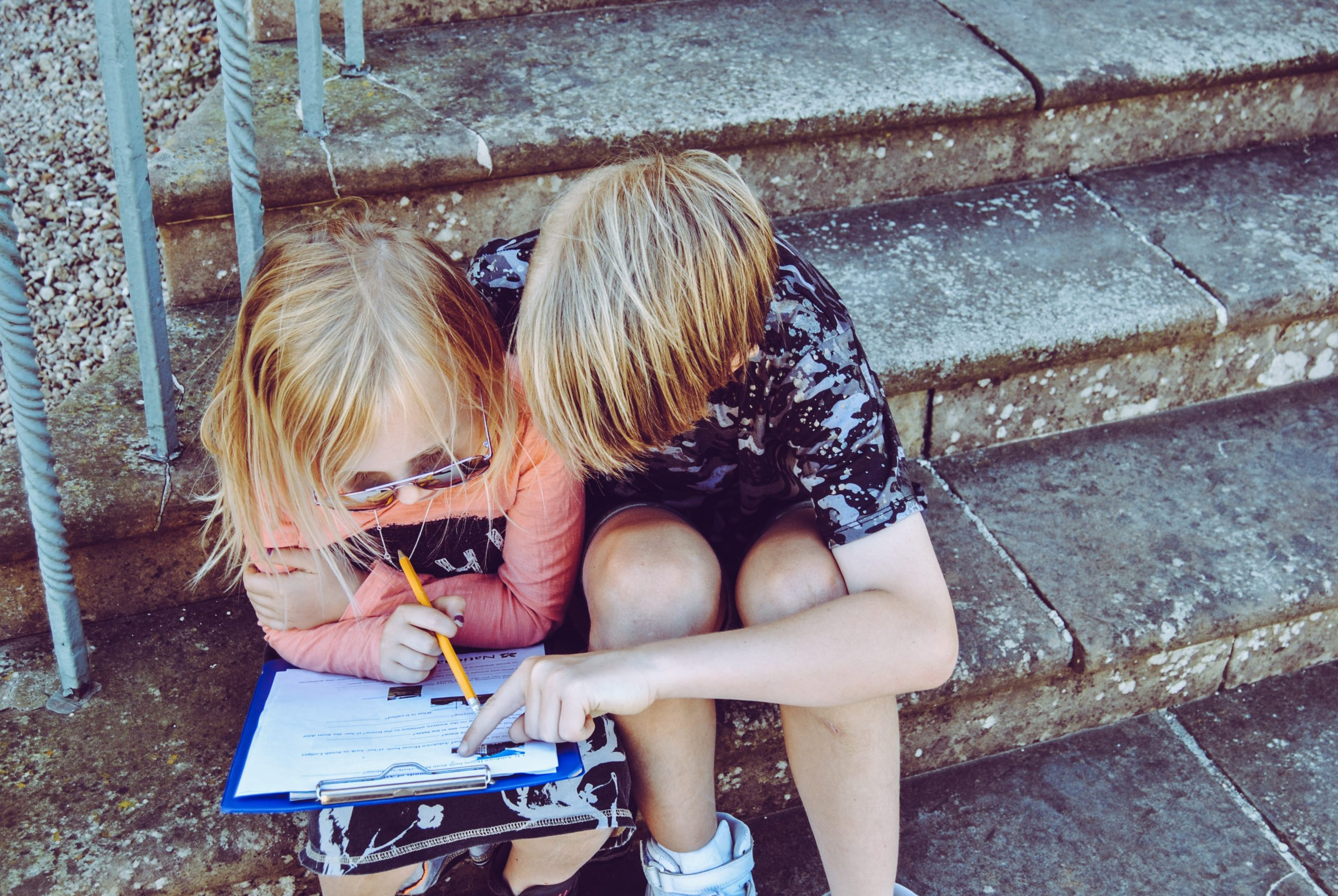 two kids learning